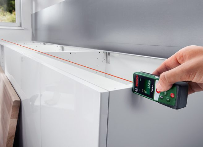 Medida de distancia láser Bosch PLR 30 C[